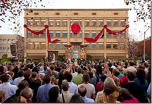 Nová budova Scientologické církve ve městě Pasadena ve státe Kalifornie ve Spojených státech amerických